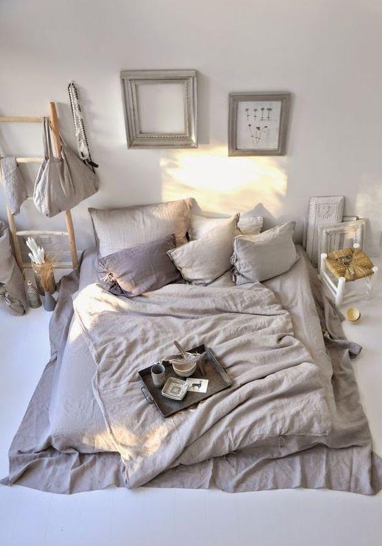Heerlijk slapen op de grond thestylebox - Deco romantische kamer beige ...