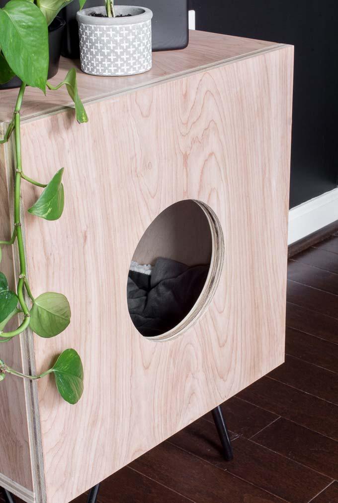 DIY kattenhuis van multiplex