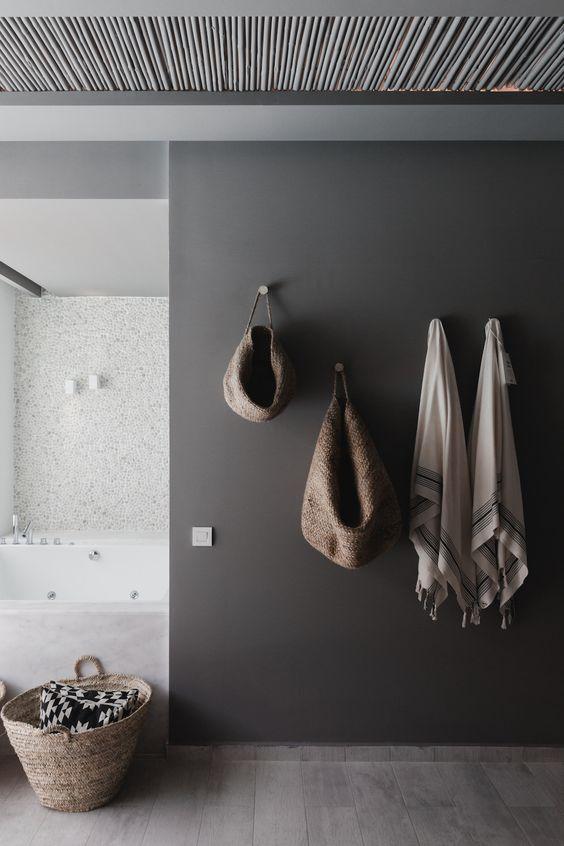 Grijze-muur-in-het-interieur-3