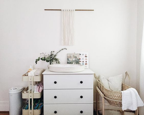 Een kleine babykamer thestylebox for Master bedroom with attached nursery
