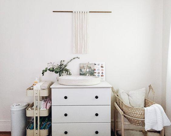 Ruime Lichte Babykamer : Een kleine babykamer thestylebox