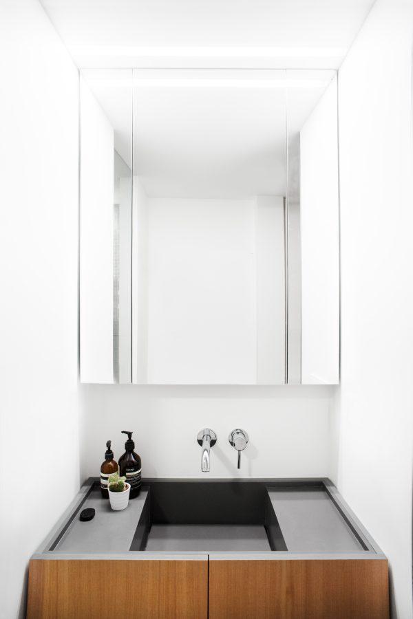 appartement hout badkamer