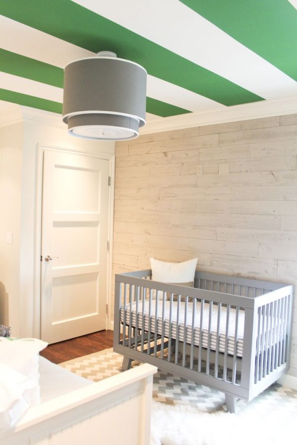babykamer jongen geschilderd plafond