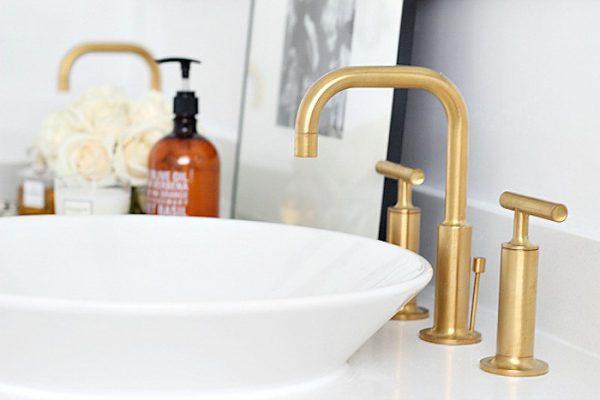 Badkamer Met Marmer : Badkamer met goud en marmer thestylebox