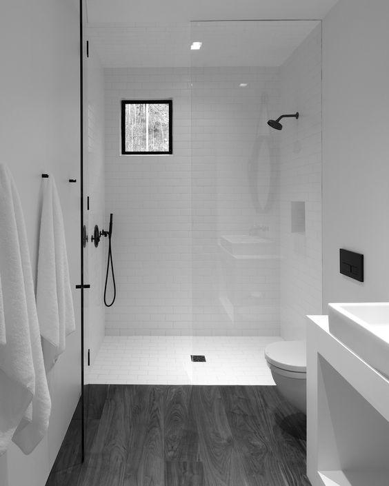 badkamers voorbeelden geen kleur