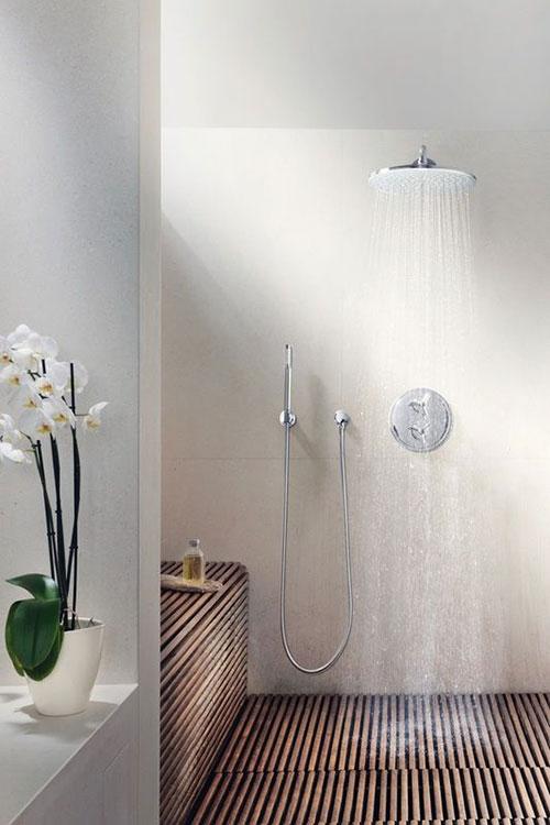 badkamers voorbeelden houten doucheplaat