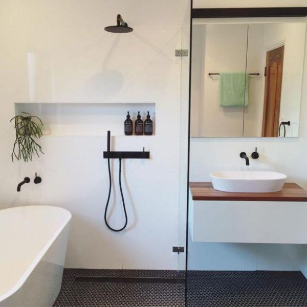 badkamers voorbeelden scheidingswand