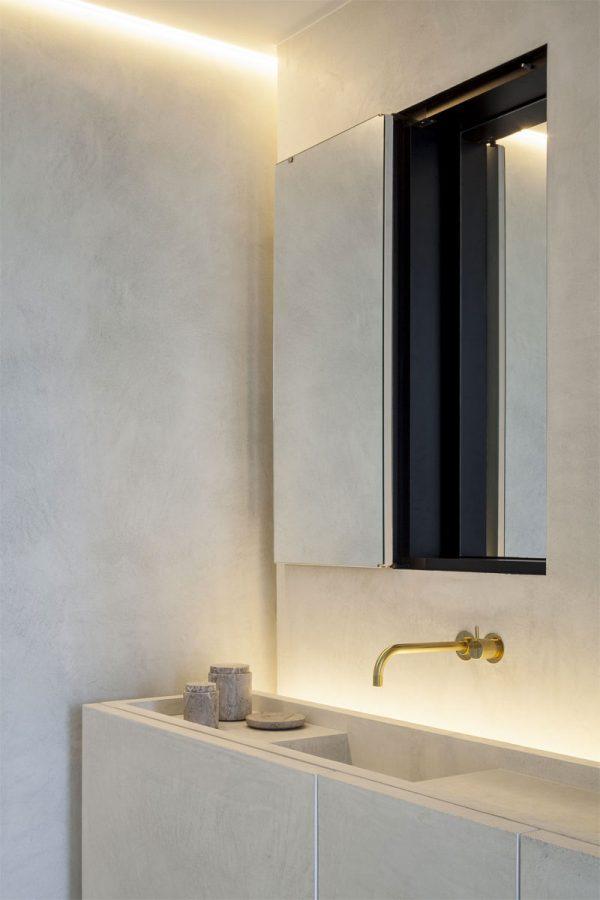 badkamers voorbeelden verborgen spiegel