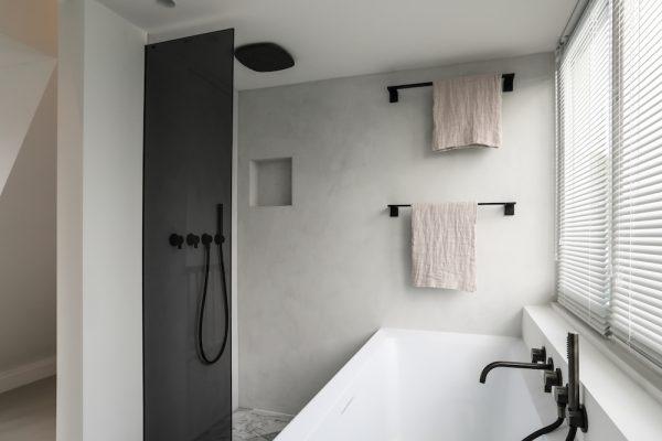 badkamers voorbeelden vierkante vormen