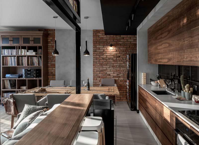 bakstenen muur houten keuken