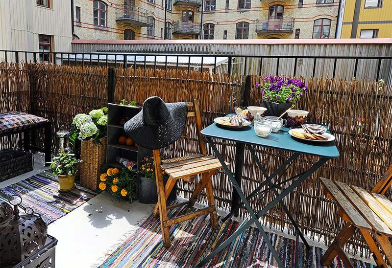 balkon ideeen balkonscherm rieten matten