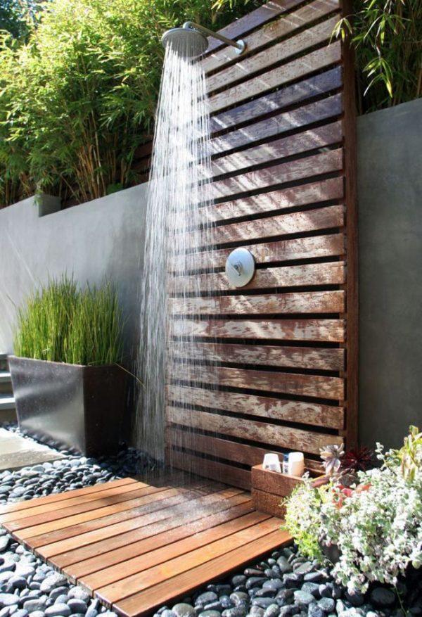 buiten douche tuin