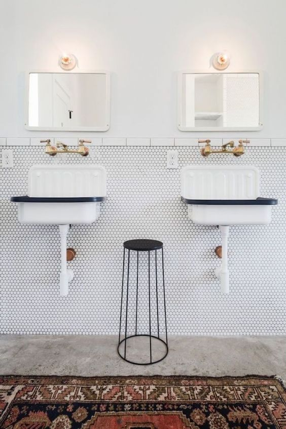 dubbele vintage spiegels badkamer