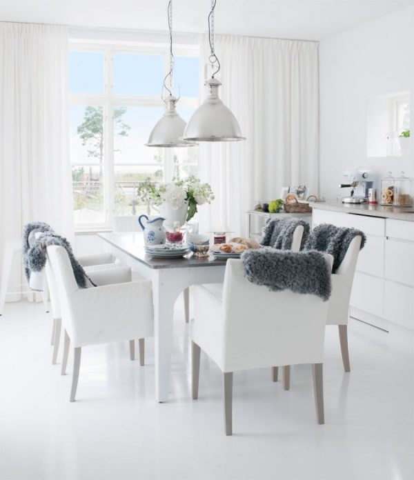 Witte gietvloer woonkamer - THESTYLEBOX