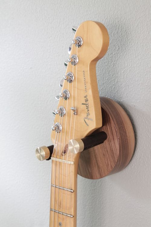gitaar ophangen