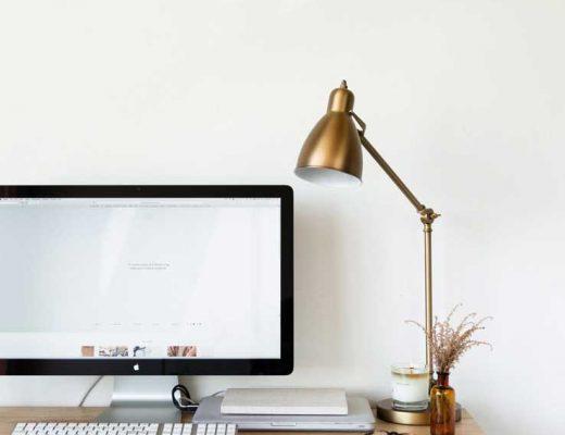 gouden lamp thuis kantoor