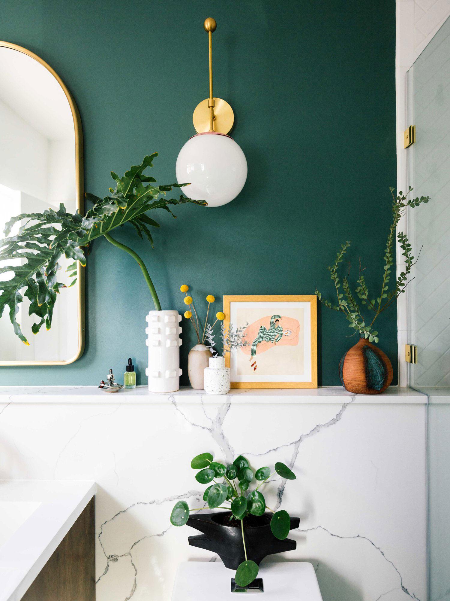 gouden wandlamp badkamer