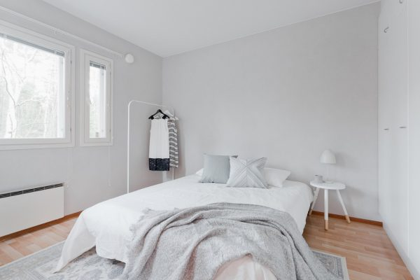 Fins appartement thestylebox - Grijze slaapkamer ...