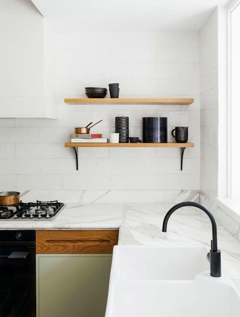 groene keuken zwarte kraan