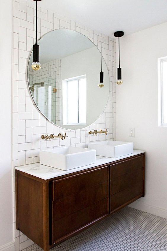 grote ronde spiegel zonder lijst badkamer