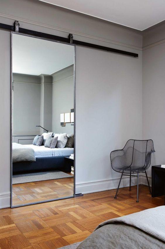grote spiegel schuifdeur slaapkamer