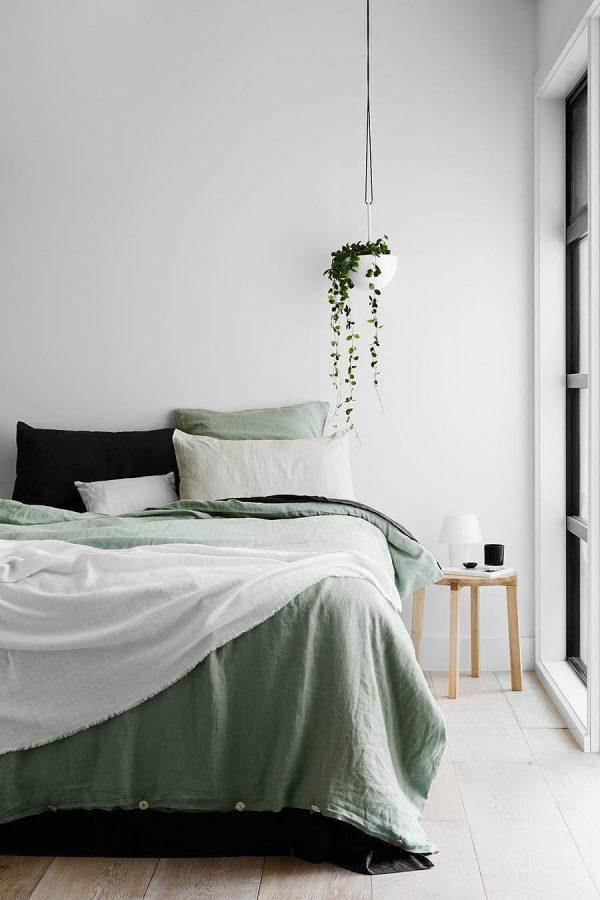 Plant in de slaapkamer thestylebox - Slaapkamer kleur idee ...