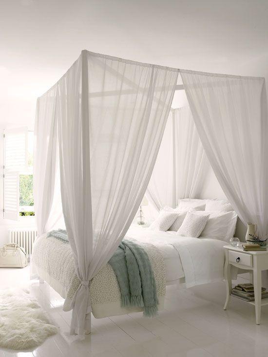 hemelbed witte slaapkamer