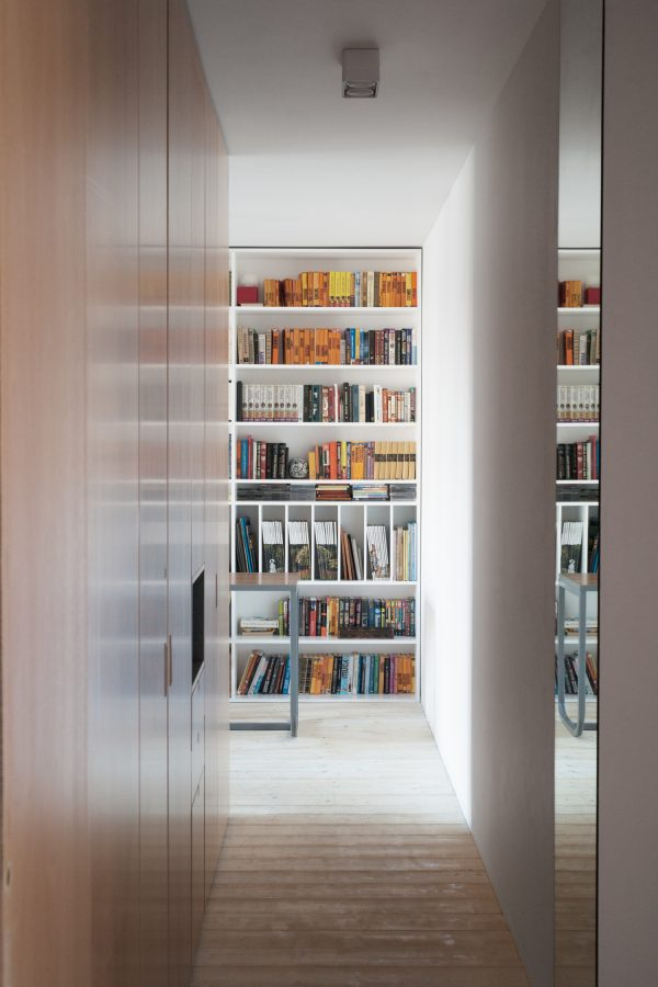 hout boekenkast