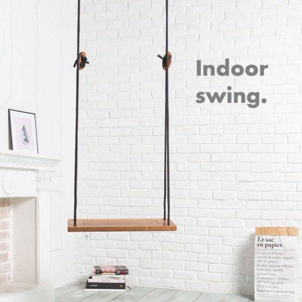 Houten indoor schommel