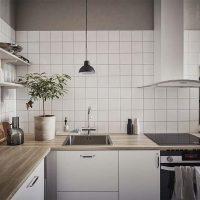 houten keukenwerkblad witte keuken