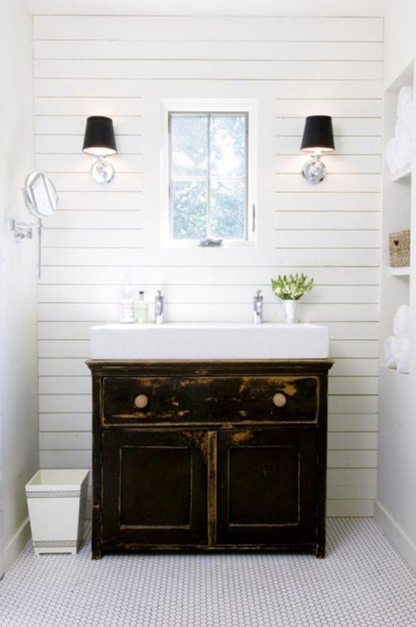 houten latten muur badkamer