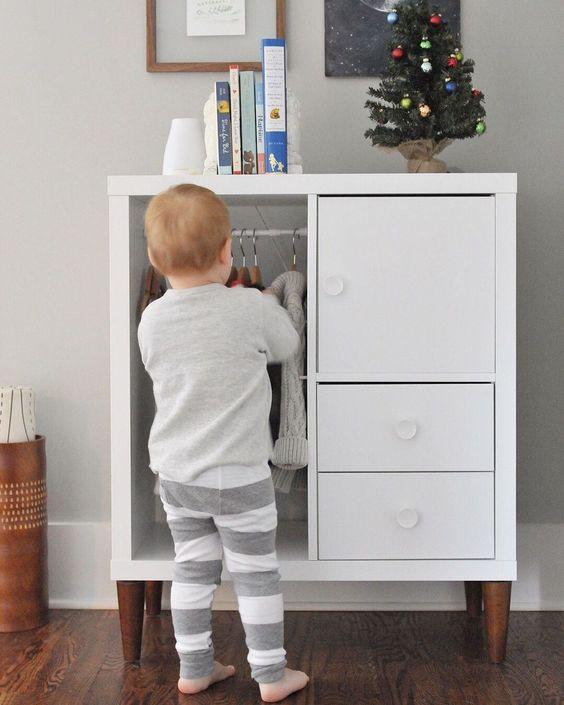 IKEA Kallax kinderkamer kledingkast
