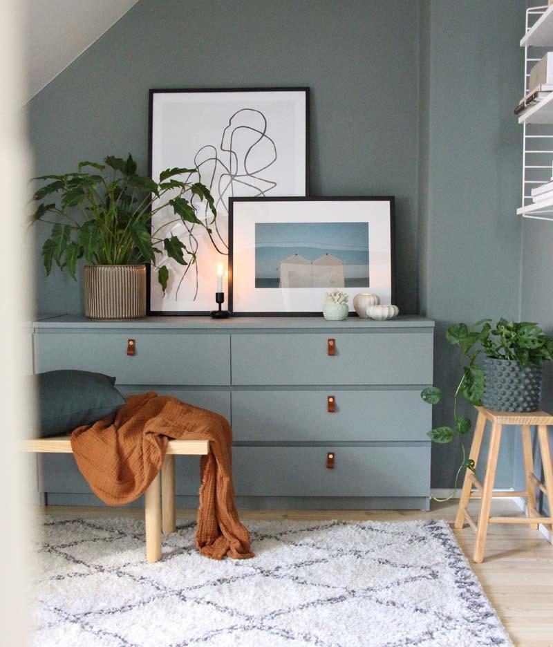 IKEA Malm ladekast hack in dezelfde kleur verven als muur