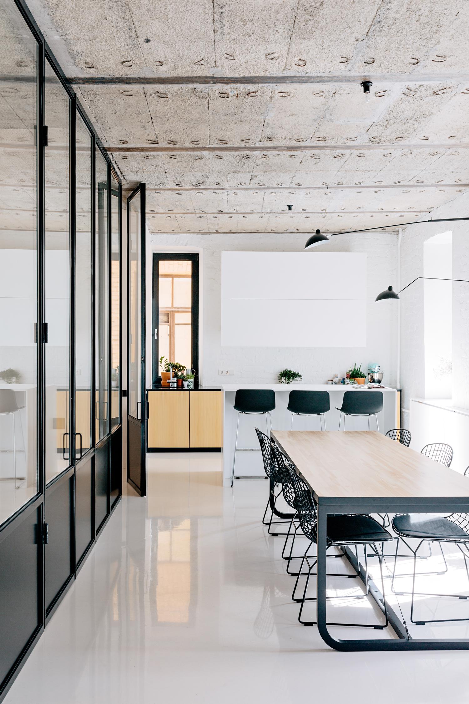 Industrieel appartement thestylebox for Industrieel interieur