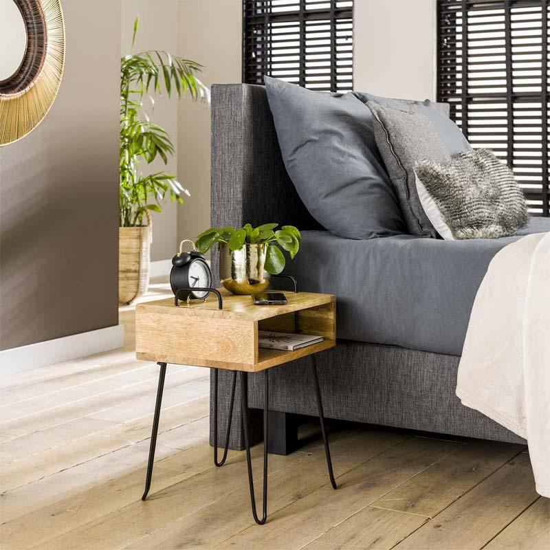 industrieel nachtkastje slaapkamer