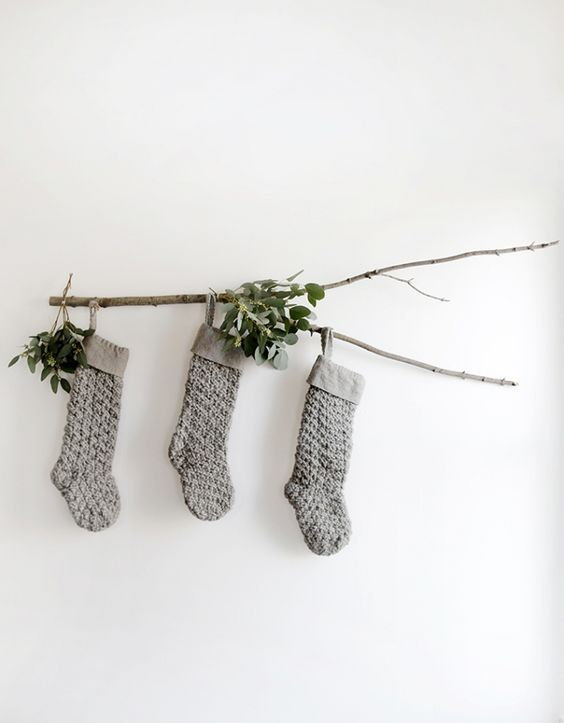 kersttak aan muur hangen versieren-2