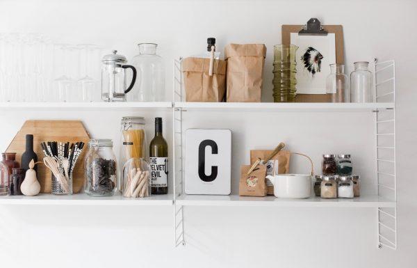 keuken zwart wit accessoires
