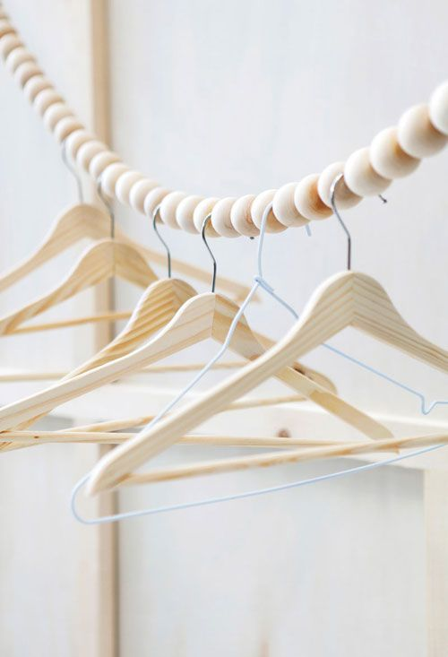http://www.thestylebox.nl/wp-content/uploads/kleding-hangers.jpg