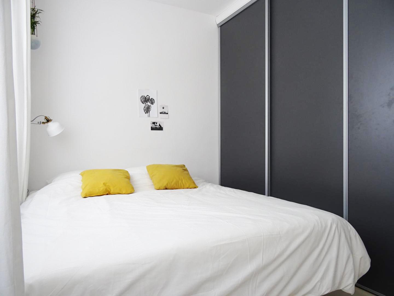 kleine slaapkamer kledingkast schuifdeuren