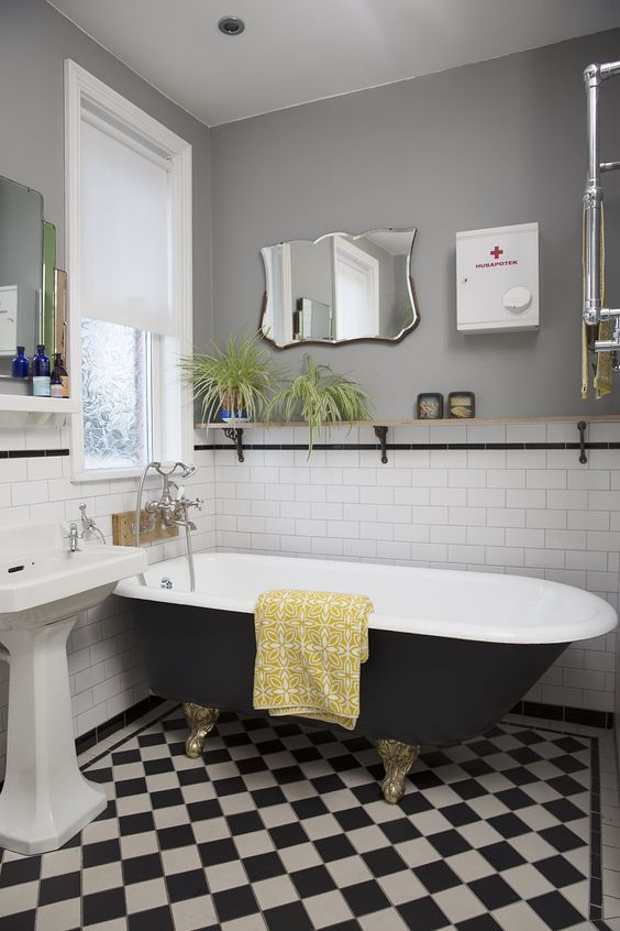 mooie vintage spiegel badkamer