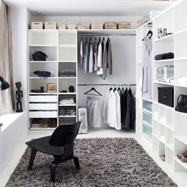 organiseren kledingkast ikea