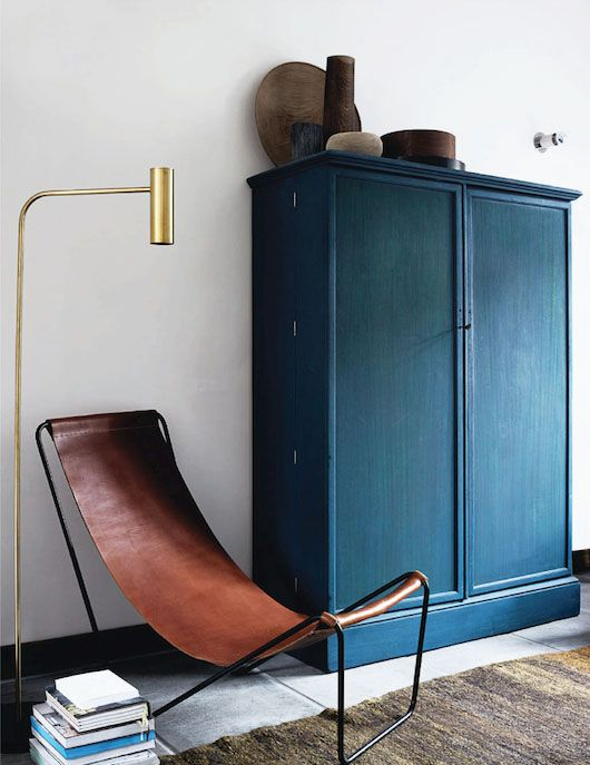 petrol-in-het-interieur-meubel-kastje