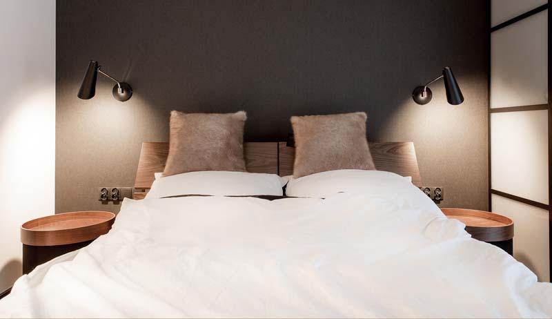 ronde nachtkastjes moderne slaapkamer