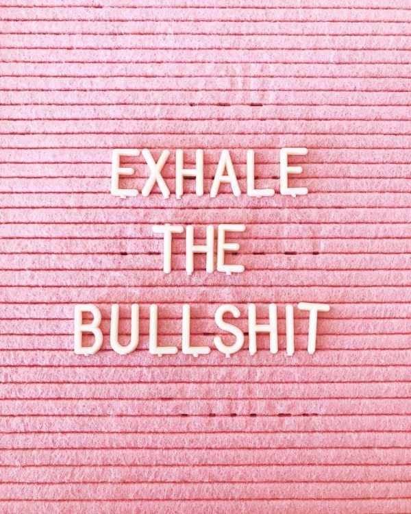 roze letterbord quote