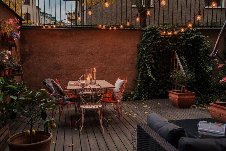 Een absolute musthave voor een sfeervolle tuin: de lichtsnoer!