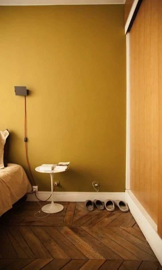Slaapkamer kleur okergeel