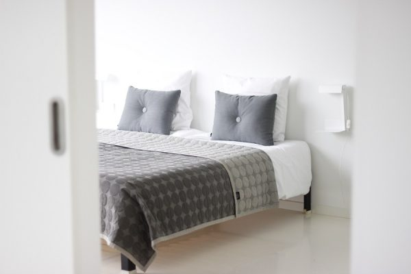 Slaapkamer Televisie : ... slaapkamers, een badkamer, uitgebreide ...