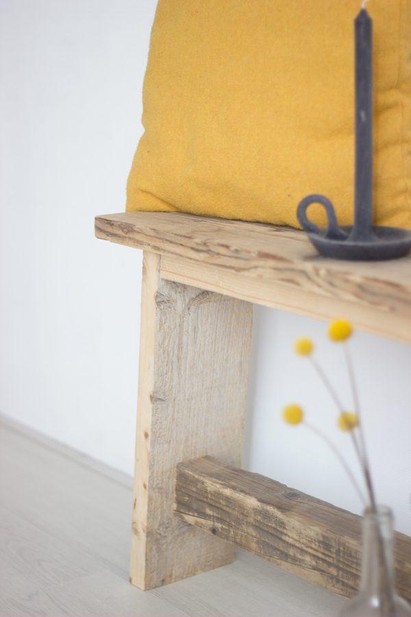 steiger houten bankje