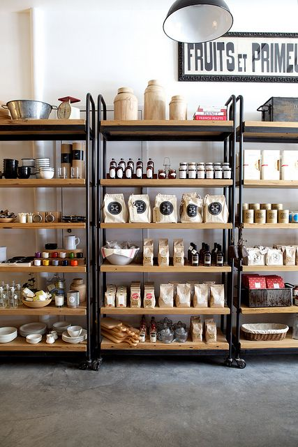 Voorraadkasten Keuken : Food Retail Display Shelving