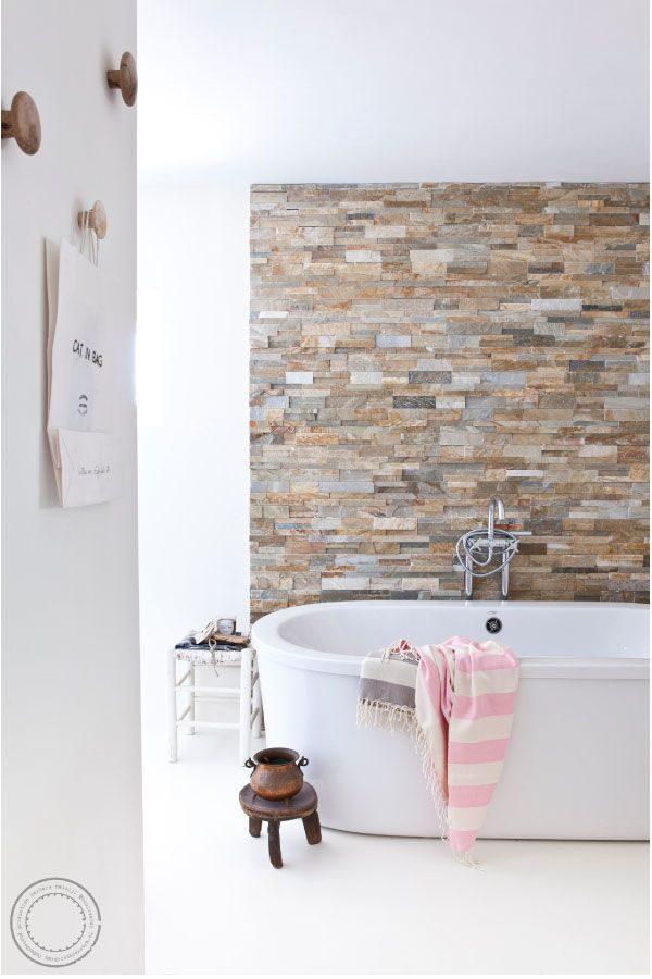 stenen-muur-badkamer-2